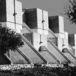 7 - Villaggio turistico Valtur ad Isola Capo Rizzuto (KR); con L. Anversa (coordinatore), V. Quilici e C. Maroni. Premio IN/ARCH Calabria 1969 - Vista esterna