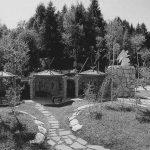 12 - Complesso del Santuario di Nostra Signora di Lourdes al Nevegal (BL) - Vista esterna