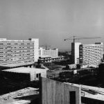 3 -  Progetto del Nuovo Policlinico di Napoli; con C. Cocchia (capogruppo), F. Cocchia e O. Frazzi. Concorso nazionale, I classificato - Vista del complesso in costruzione