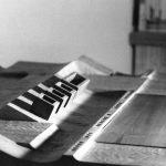 5 - Prototipo di scrivania a sezione variabile in cirmolo per la Fiera del Mobile di Milano - Vista
