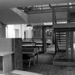 """9 - Biblioteca nella ex Cappella di Villa Mirafiori, Facoltà di Lettere e Filosofia """"Sapienza"""" Università di Roma; con C. Chiarini - Vista interna"""