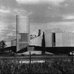 15 - Nuova sede Citroën con autosalone, uffici, magazzini ed officina al km 1700 della via Tuscanese, Viterbo; con ing. G. Squadrilli - Vista esterna