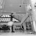 16 - Intervento di restyling della stazione ferroviaria di Trieste, per Centostazioni SpA - Vista interna (da Stazioni da Vivere. L'esperienza di Centostazioni, Centostazioni SpA, Roma 2008, Marsilio Editori)