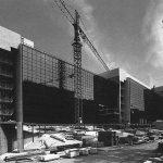 1 - Progettazione di edificio per l'ampliamento dei servizi tecnico-operativi del Ministero dell'Aeronautica in via dell'Università, Roma - Vista esterna