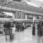 """7 - Ampliamento e ristrutturazione dell'Aeroporto """"Leonardo Da Vinci"""", Fiumicino (RM), per ADR SpA; con Studio Valle e in collaborazione con ATI Bonifica e SPEA - Vista interna del Terminal A """"lato città"""" (T1)"""